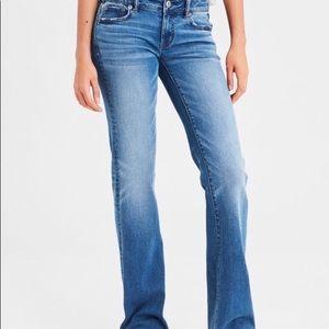 AEO Women's Stretch Favorite Boyfriend Jeans